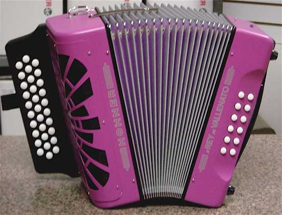 three row button accordions hohner panther hohner corona ii hohner corona ii classic hohner. Black Bedroom Furniture Sets. Home Design Ideas